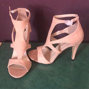 Michael Antonio Nude Real Heel Sandal size 9